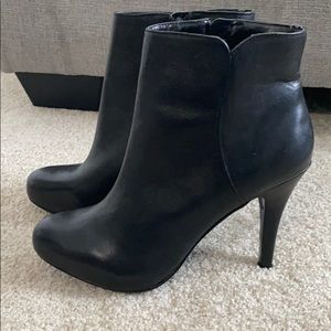 NWT Nine West Black Booties. Size 8.5